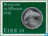 Postzegels - Ierland - Ierse munteenheid 50 jaar