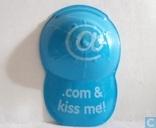 .com & kiss me!