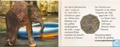"Oostenrijk 5 euro 2002 (Het kleine olifant jong) ""250th Anniversary of the Schönbrunn Zoo"""