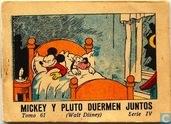 Mickey Y Pluto Duermen Juntos