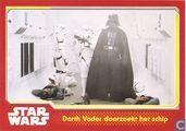 Darth Vader doorzoekt het schip
