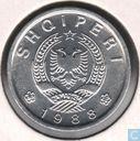 Albanië 10 qindarka 1988