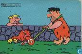 Fred aan het grasmaaien