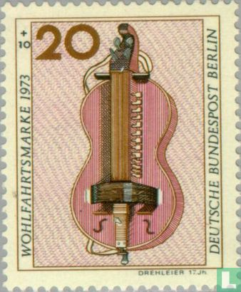 Berlin - Musikinstrumente