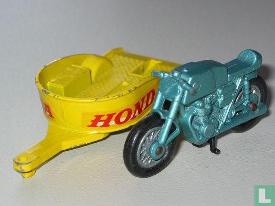 Honda Motorcycle & Trailer - Bild 1