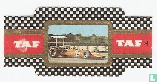 Taf - Surtees TS 5 Form 5000 met 5 liter serie V8 motor  Rijder David Hobbs
