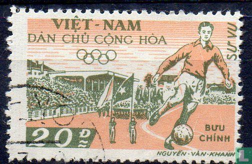 Vietnam - Noord-Vietnam - Voetbal in Hanoi stadion