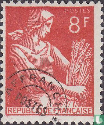 France [FRA] - Moissonneuse