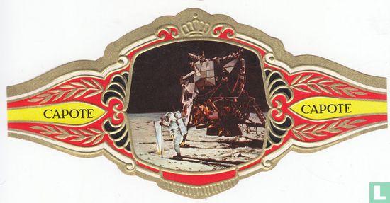 Pedro Capote - El Primer Paseo et la Luna