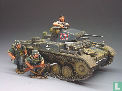 Panzer MkII with Commander and 2 Wehrmacht Soldiers