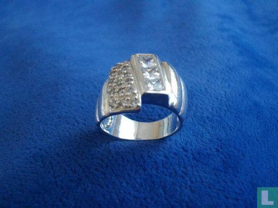 Ring - Afbeelding 1