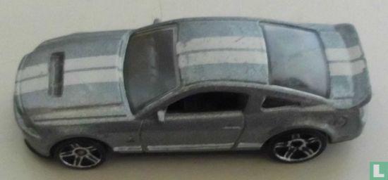 Mattel Hot Wheels - Ford Shelby GT500