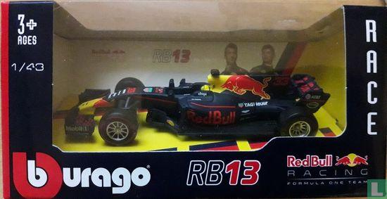 Bburago - Red Bull Racing TAG Heuer RB13