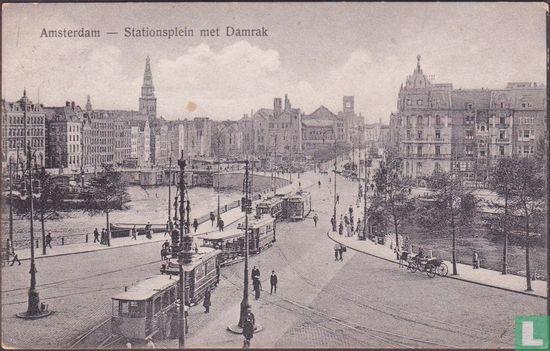 Amsterdam - Stationsplein