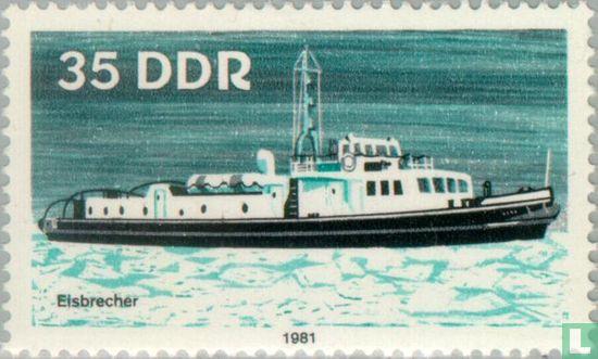 GDR - River navigation boat