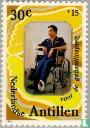 Antilles néerlandaises - Homme en fauteuil roulant