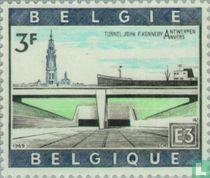 Kennedy tunnel onder de Schelde