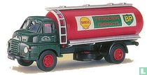 Bedford 'S' Type Tanker 'Shell BP'