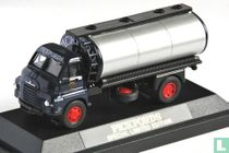 Bedford 'S' Type Tanker - Pickfords