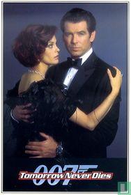 EO 00706 - Tomorrow Never Dies - James Bond & Paris