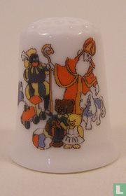 Sinterklaas met pieten bedrukt op een porselein vingerhoedje