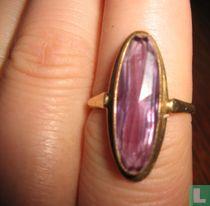 Gouden ring met natuurlijke alexandriet