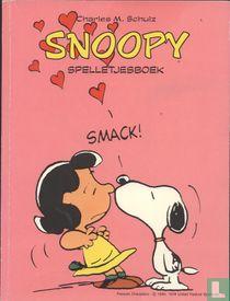 Snoopy spelletjesboek