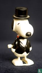 Snoopy in smoking