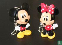 Kissing Mickey & Minnie