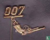007 (with revolver)