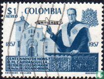 Mgr. Carrasquilla met opdruk Unificado