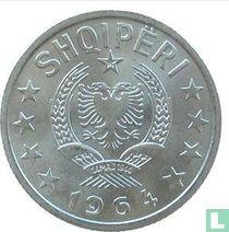 Albanië 10 qindarka 1964