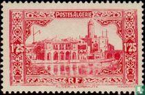 Admirale, die Gebäude in Algier kaufen