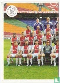 Ajax: groepsfoto links