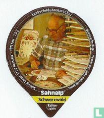 Schwarzwald 1 - Lackschilduhrenmacher
