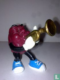 Raisin with trumpet