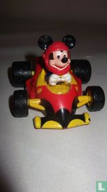 Mickey Mouse in raceauto