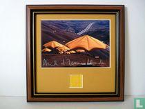 The Umbrellas, 1991, USA-side