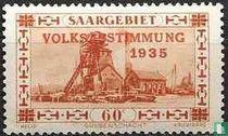 Schacht mit gedruckten Volksabstimmung 1935