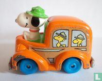 Snoopy als buschauffeur