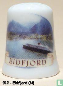 Eidfjord (N) - Zicht op Cruiseschepen.
