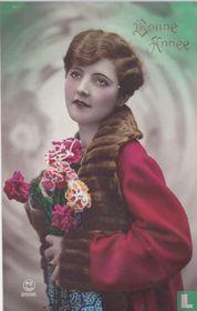 Bonne Année: Vrouw met rode jas, bontkraag en anjers