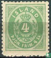 Ziffer mit Krone im Oval