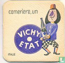 """Italie cameriere, un Vichy Etat / Dit is een van de 30 bierviltjes """"Collectie Expo 1958""""."""