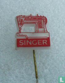 Singer [rood op wit]