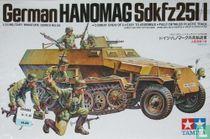 German Hanomag Sdkfz 25I/I with crew