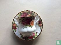 Kop 7,4 cm en schotel - Old Country Roses - Royal Albert