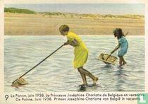 De Panne, Juni 1938. Prinses Josephine-Charlotte van België in vacantie