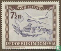 Vliegtuig boven archipel
