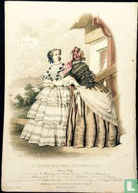 Toilette de R. Lhopitaux,deux femmes devant un chalet - 436